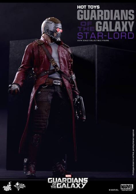 Hot Toys Guardians of the Galaxy - Star Lord holding orb