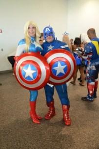 Baltimore Comic Con 2014 - female Cap and Captain America