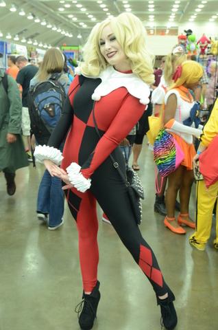 Baltimore Comic Con 2014 - Harley Quinn 3