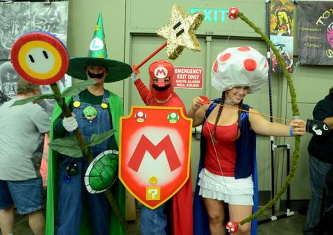 Baltimore Comic Con 2014 - Luigi, Mario and Toad as knights