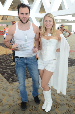 Baltimore Comic Con 2014 - Wolverine and Emma Frost