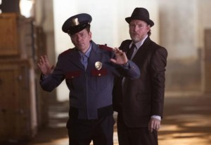 Gotham - Ep. 2 - Bullock makes arrest
