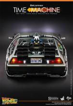Hot Toys Back to the Future DeLorean rear high