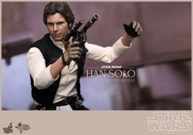 Hot Toys Star Wars Han Solo - side shot