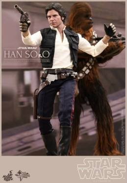 Hot Toys Star Wars Han Solo - vertical shot with Chewie