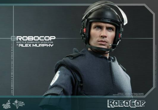 Hot Toys Robocop and Alex Murphy set - Murphy with helmet