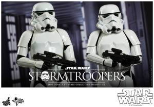 Hot Toys Stormtroopers set - close up