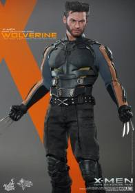 Hot Toys X-Men DOFP Wolverine - claws out