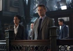 Gotham - Penguin's Umbrella - Essen and Gordon