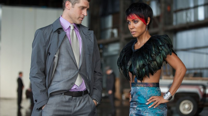 Gotham - Penguin's Umbrella - Nikolai and Fish Mooney