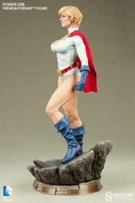 Sideshow Collectibles Power Girl - scale side