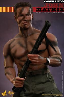 Hot Toys Commando - John Matrix figure - shirtless