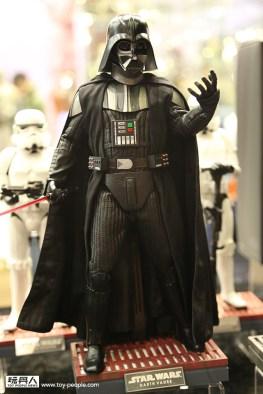 Hot-Toys-Darth Vader