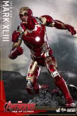 Hot Toys Iron Man Mark XLIII figure - faceplate up crouch