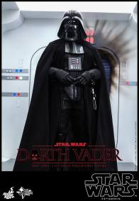 Hot Toys Star Wars Darth Vader figure - entering Rebel ship