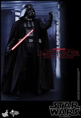 Hot Toys Star Wars Darth Vader figure - tight side