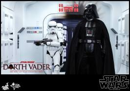 Hot Toys Star Wars Darth Vader figure - with Stormtroopers3