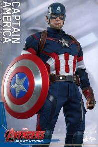 Hot Toys The Avengers Age of Ultron Captain America - at ease