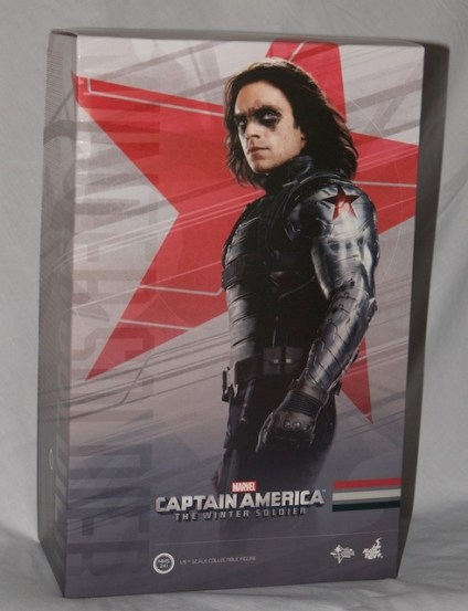 Hot Toys The Winter Soldier - exterior package shot