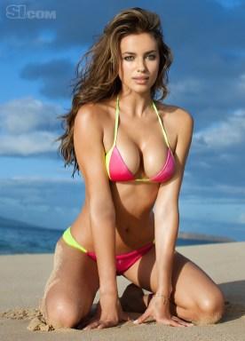 Irina Shayk pink bikini