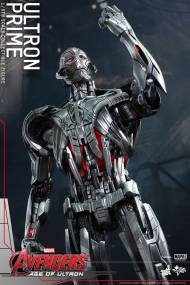 Hot Toys Age of Ultron - Ultron Prime - arm in victory pose