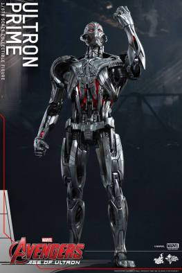 Hot Toys Age of Ultron - Ultron Prime - hand up