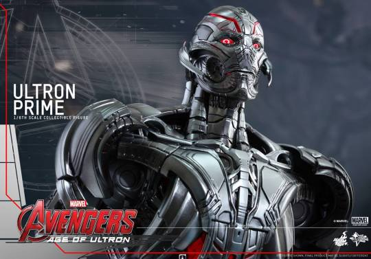 Hot Toys Age of Ultron - Ultron Prime - tight shot