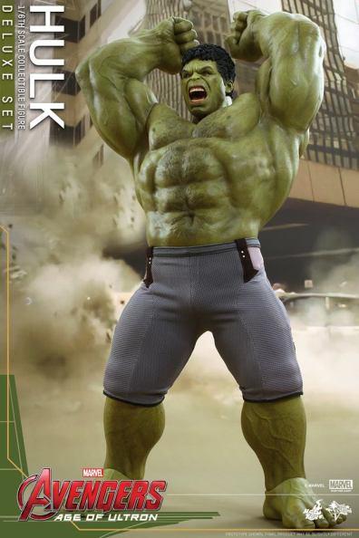 Hot Toys Hulk - Age of Ultron - Hulk smash