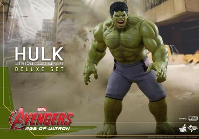 Hot Toys Hulk - Age of Ultron - on the move