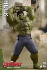 Hot Toys Hulk - Age of Ultron - smashing angry face