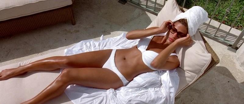 2 Fast 2 Furious - Eva Mendes bikini
