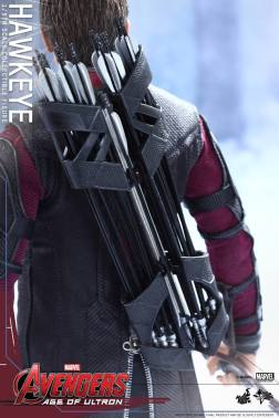 Avengers Age of Ultron Hawkeye figure - quiver
