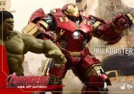 Hot Toys Avengers Age of Ultron - Hulkbuster Iron Man - next to Hulk