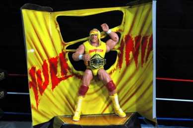 Hulk Hogan Defining Moments figure - Hogan on package stand
