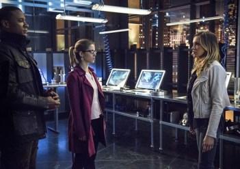 Arrow - Al Sah-Him - Diggle, Felicity and Laurel