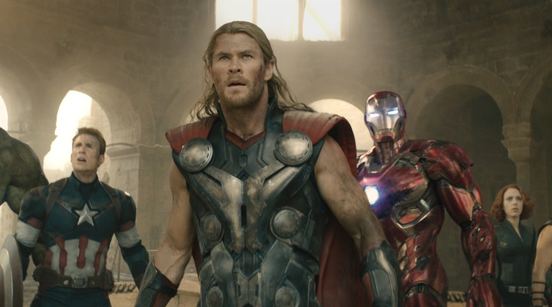 Avengers - Age of Ultron - Hulk, Captain America, Thor, Iron Man, Hawkeye and Black Widow