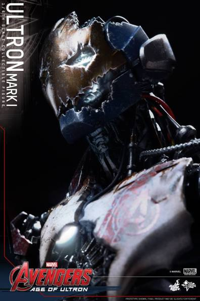 Hot Toys Avengers Age of Ultron - Ultron Mark 1 - looking up