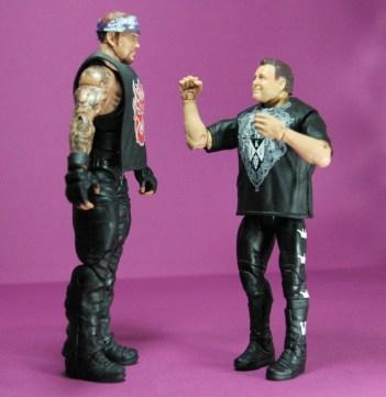 Jerry Lawler figure Basic 49 - Mattel - facing Undertaker