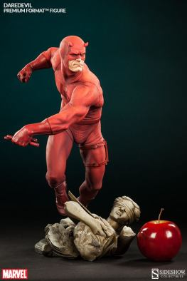 Sideshow Collectibles Daredevil premium format - scale shot with apple