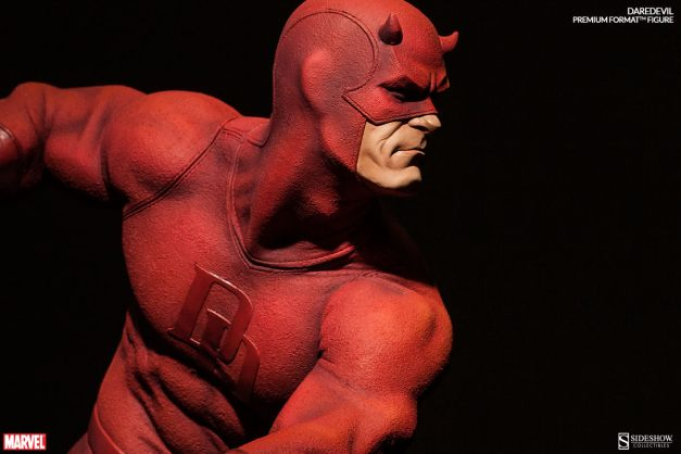 Sideshow Collectibles Daredevil premium format - side shadow