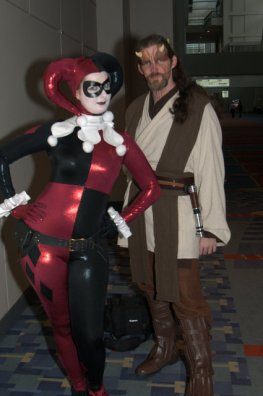 Awesome Con 2015 Day 1 cosplay -Harley Quinn and Jedi