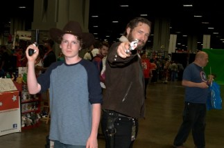 Awesome Con 2015 Day 1 cosplay -Walking Dead Carl and Rick