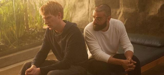 Ex Machina - Domnhall Gleeson and Oscar Isaac