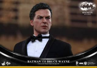 Hot Toys Batman Returns figure - Bruce Wayne side