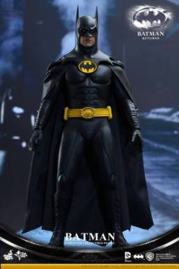 Hot Toys Batman Returns figure - standing