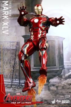 Hot Toys Iron Man Mark XLV figure - flying