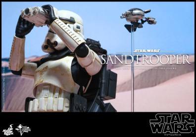 Hot Toys Star Wars Sandtrooper- binocs and probe droid