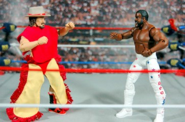 Junkyard Dog figure Mattel WWE Elite 33 - facing off with Terry Funk
