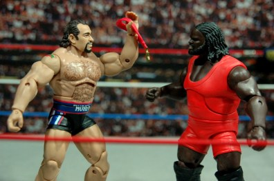 WWE Elite 34 Rusev review pics - showing Mark Henry medal