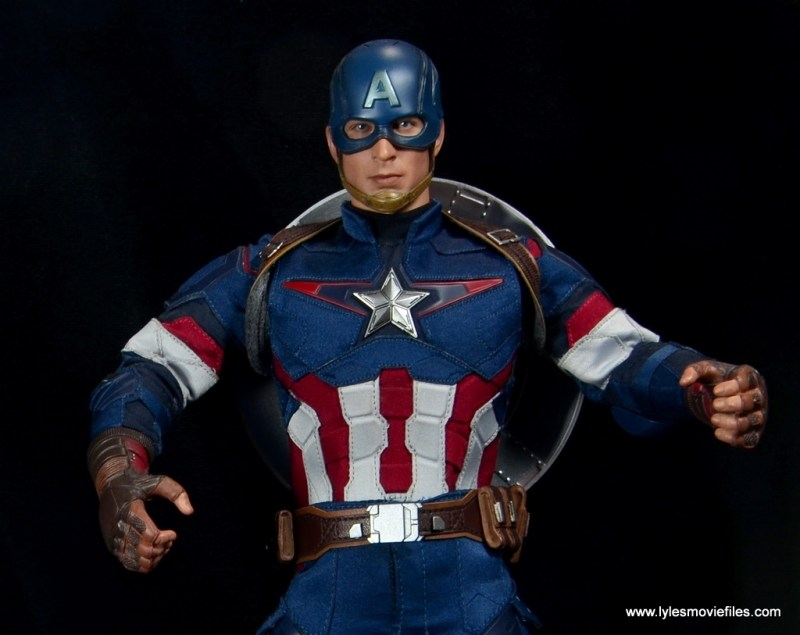 Hot Toys Avengers Age of Ultron Captain America figure review - wide